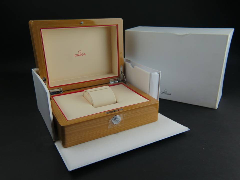 Omega Omega Box  set NEW