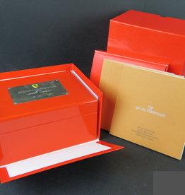 Girard Perregaux Box set and booklets Ferrari GP2003