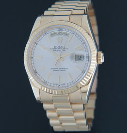 Rolex  Day-Date Yellow Gold Silver Dial 118238
