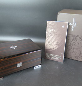 Patek Philippe Box with booklet
