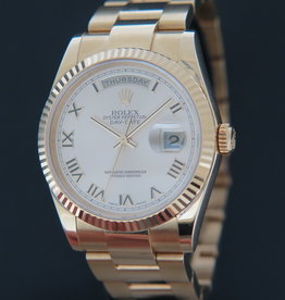Rolex  Day-Date Yellow Gold Champagne Dial 118208 / 118238