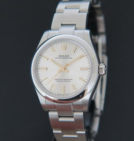 Rolex  Oyster Perpetual 31 Silver Dial 277200 NEW