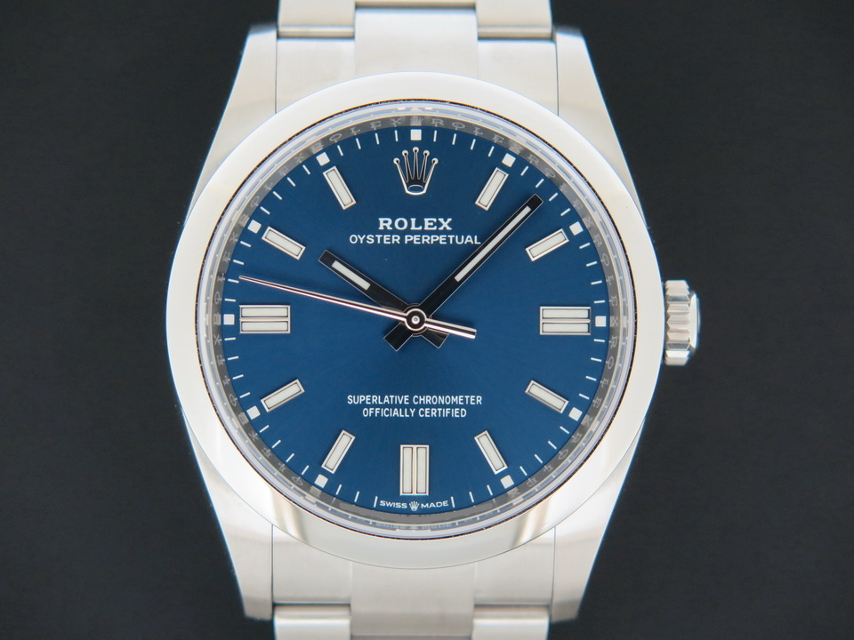Rolex  Rolex Oyster Perpetual 36 Blue Dial 126000 NEW