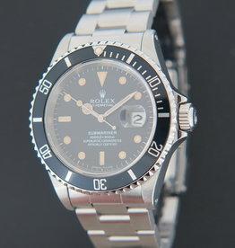 Rolex  Submariner Date 16610 W-serial
