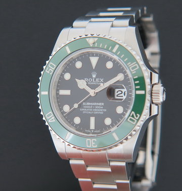 Rolex  Submariner Date 126610LV NEW