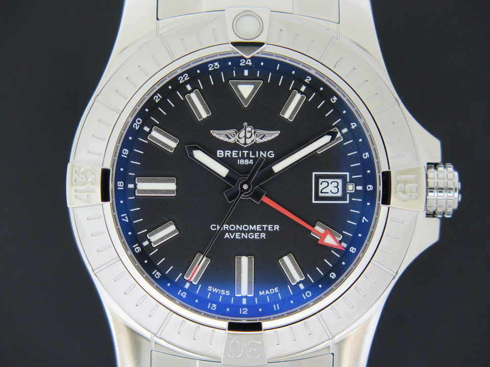 Breitling Breitling Avenger Automatic GMT 43 A32397