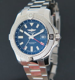 Breitling Avenger Automatic GMT 43 A32397