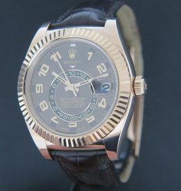 Rolex  Sky-Dweller Everose Gold Leather Strap 326135
