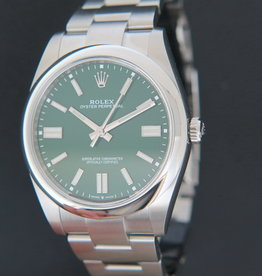 Rolex  Oyster Perpetual 41 Green Dial 124300 NEW