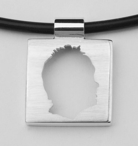 Small square pendant, open profile with edge