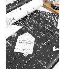 Zoedt Cadeaupapier zwart met witte tekstjes