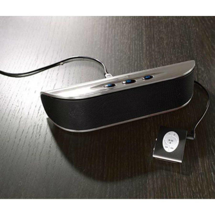 Tragbarer Lautsprecher in verschiedenen Farben
