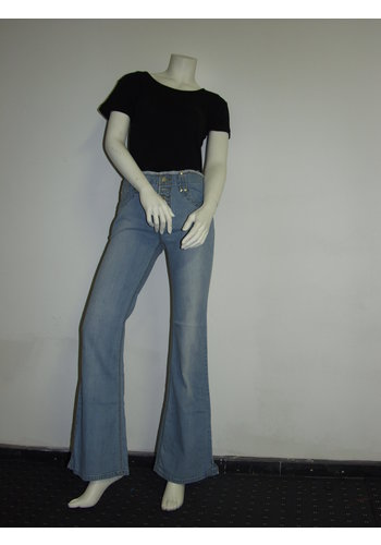 E.A.Jeans Knöpfe fliegen