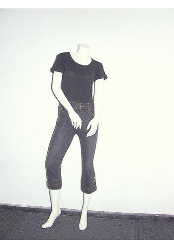 Neckermann 3/4 pantalon avec des boutons sur les jambes