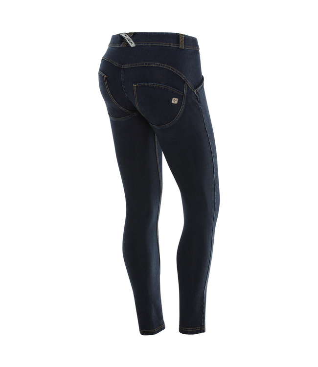 WR.UP® WR.UP® IN DENIM WITH FRONT SEAMS AND A SLIT AT THE LEG BOTTOM