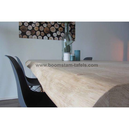 Eiken salontafelblad 60x60 (boomstamrand)