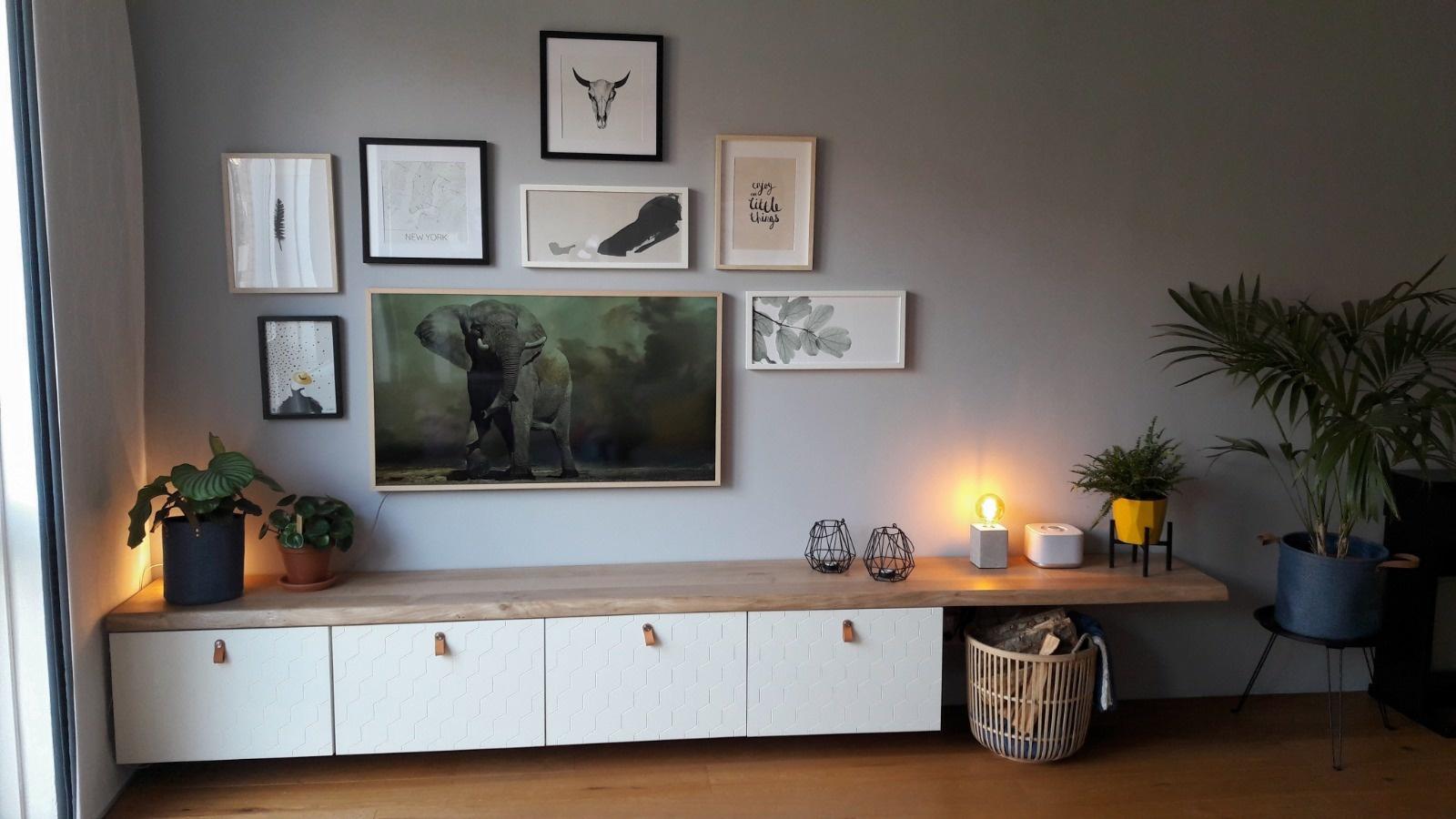 Ikea Boekenkast Tv Meubel.Besta Tv Meubel Eikenhouten Plank Boomstam Tafels