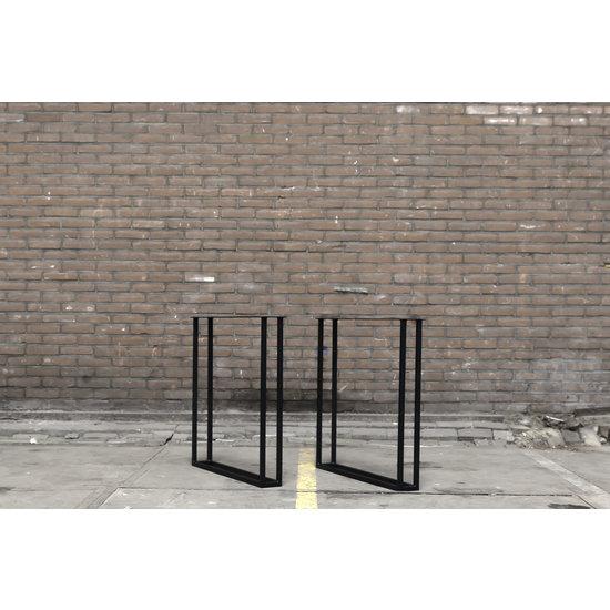 Twin U leg steel black
