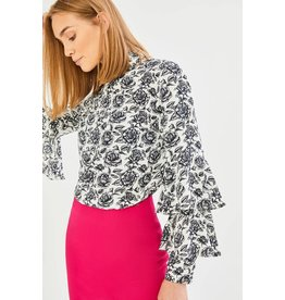 Exquise Floral Print Blouse