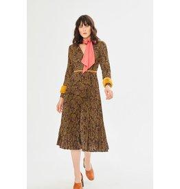 Exquise Exquise - Fur Cuff Dress