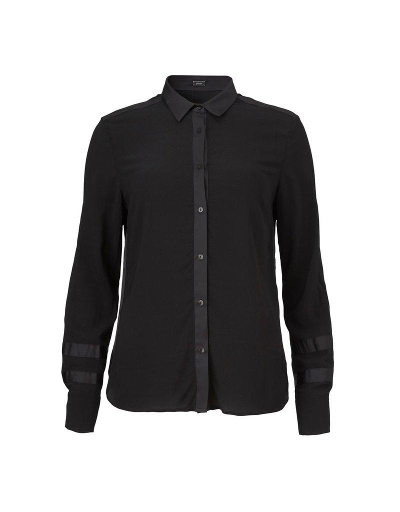 Gustav Denmark Stretch Shirt with Satin Effect Trim