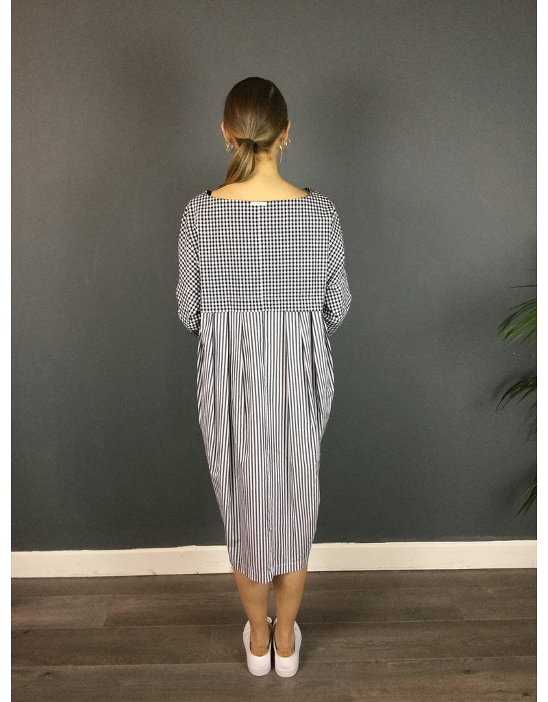 Humility Check Dress - Oversize Fit