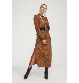 Exquise Leaf Pattern Long belted Dress
