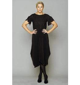 Peruzzi Black Pleat Dress