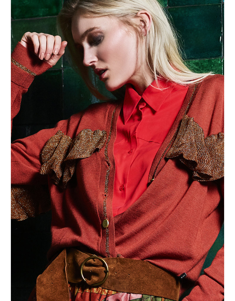 10 Feet Western Style Blouse with Pleats