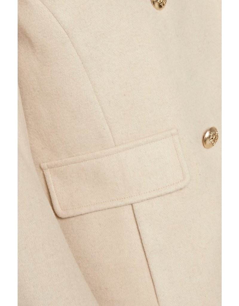 Culture Cuagnethe Warm Sand Short Jacket