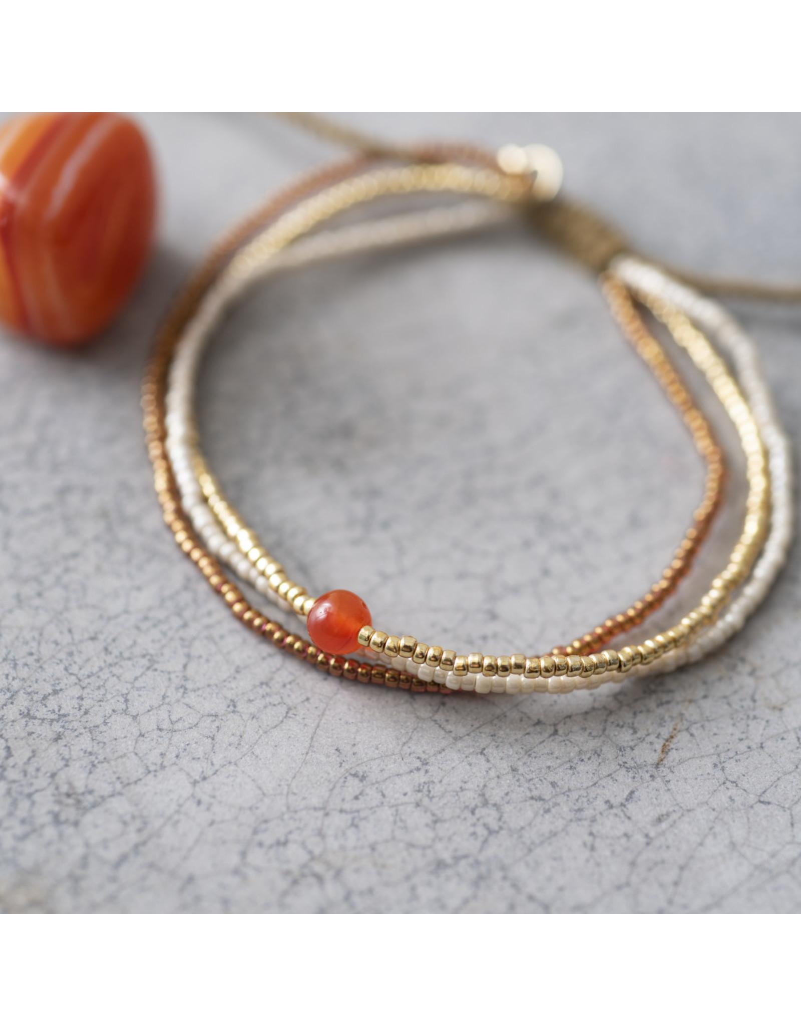 A beautiful Story Bloom Carnelian Gold Bracelet