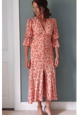 Exquise V Neck Print dress with gathered skirt