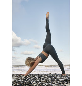 Gai & Lisva Shanti - Recyled Nylon Sculpting Leggings