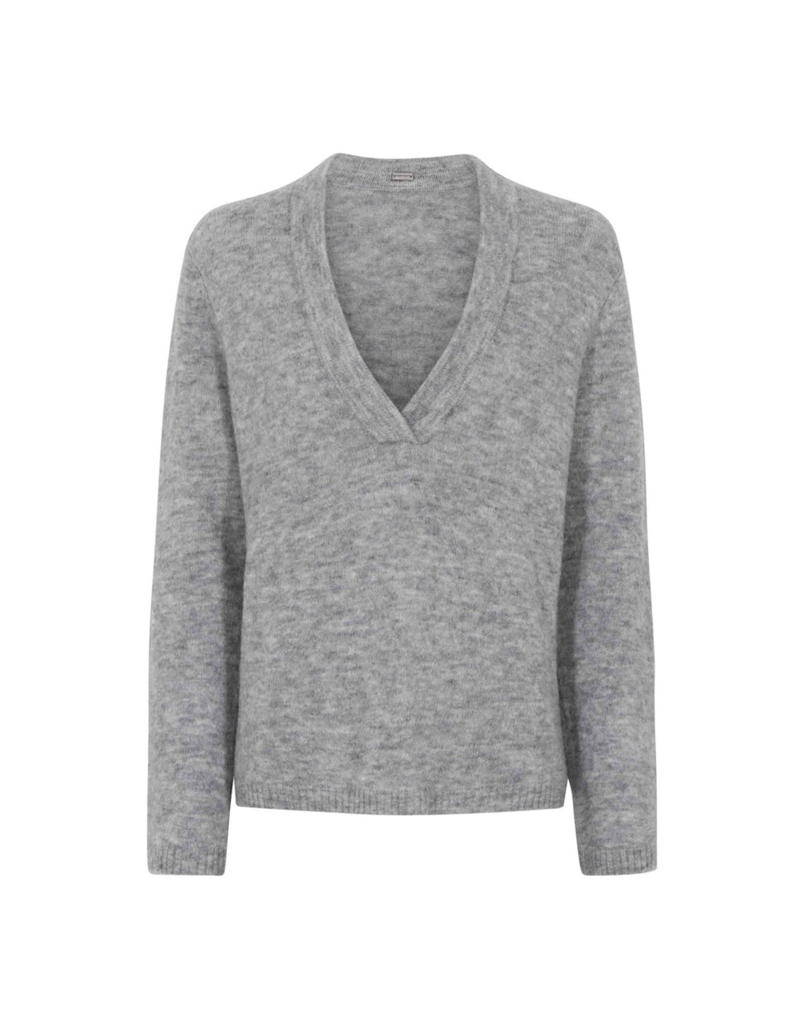 Gustav Denmark Ewe V-neck knit