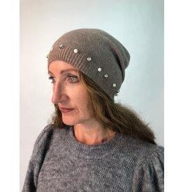 PARIS ES'TYL Beanie with Pearls