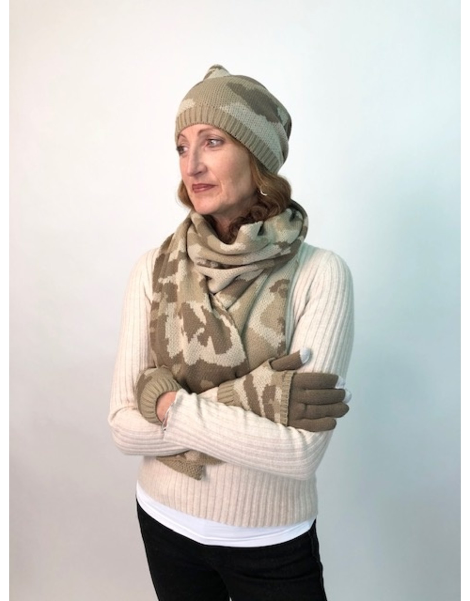 PARIS ES'TYL Camouflage Beanie, Scarf & Glove Set