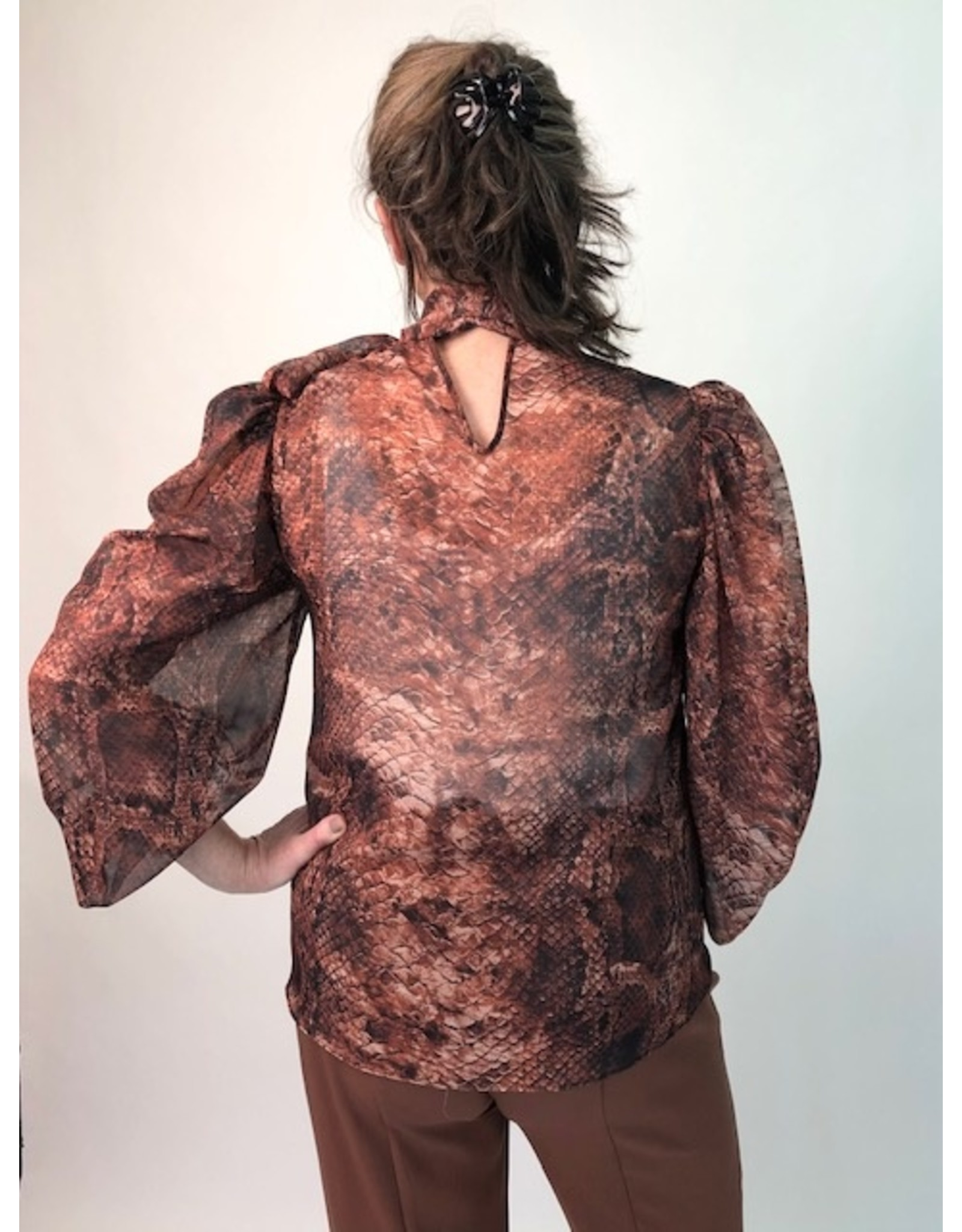 Exquise Blouse with Neck Tie Animal Print