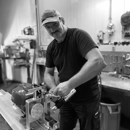 René De Kuyper I Service I Alle Bouw Machines