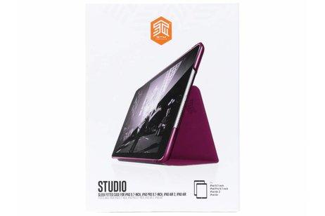 STM Paarse Studio Case voor de iPad (2018) / (2017) / Pro 9.7 / Air 2 / Air