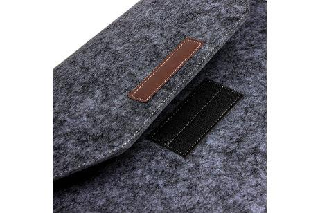Vilten Soft Sleeve voor de 13 inch - Donkergrijs