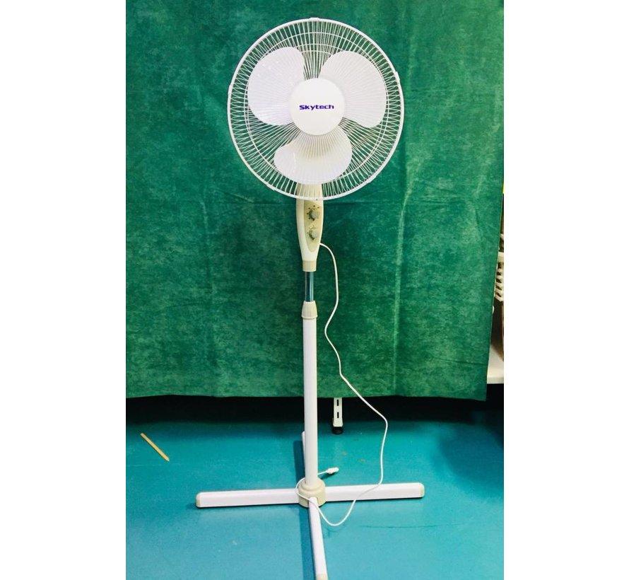 SKYTECH ventilator 40 cm (Wit + Lichtgrijs)
