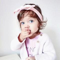 Your Little Miss Fascia per capelli con bottone rosa tenue