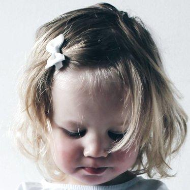 Your Little Miss Baby Haarspange mit weißer Schleife