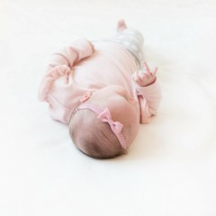 Your Little Miss Oudroze newborn baby haarbandje kant met strik