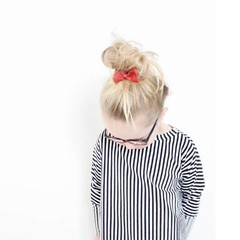 Your Little Miss Hair clip with bow rest