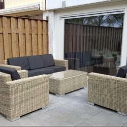 Loungebanken en loungestoelen