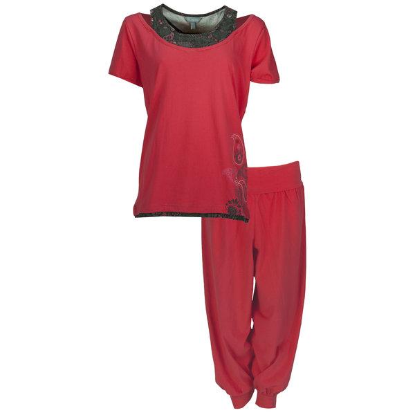 Irresistible Irresistible Dames Pyjama Geranium Rood met driekwart broek IRPYD1203C