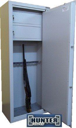 1087 Szafa na broń długą z dwoma dużymi skarbczykami