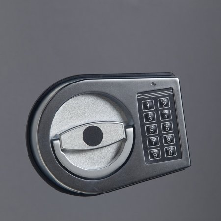 Wymiana zamka kluczowego na szyfrowy elektroniczny