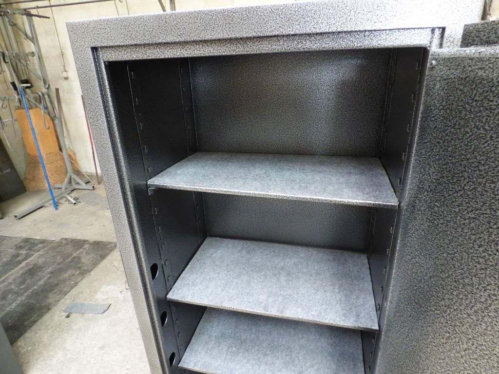 Dodatkowa półka do szafy